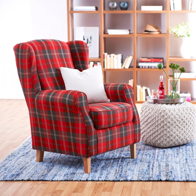 what 39 s red and black and checked all over buffalo plaid. Black Bedroom Furniture Sets. Home Design Ideas