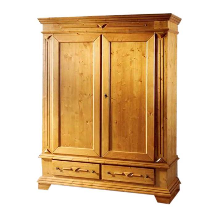 armoire portes battantes gradel pour un foyer champ tre rustique. Black Bedroom Furniture Sets. Home Design Ideas
