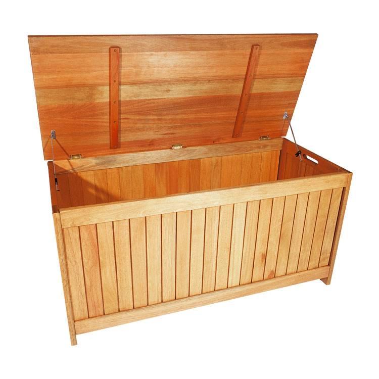 cassapanca da esterni malaga legno massello di eucalipto oliato home24. Black Bedroom Furniture Sets. Home Design Ideas