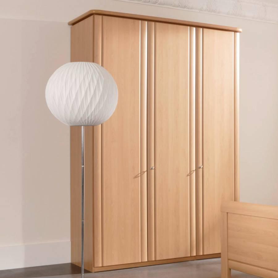 Armoire portes battantes nolte delbr ck pour un for Armoire nolte prix
