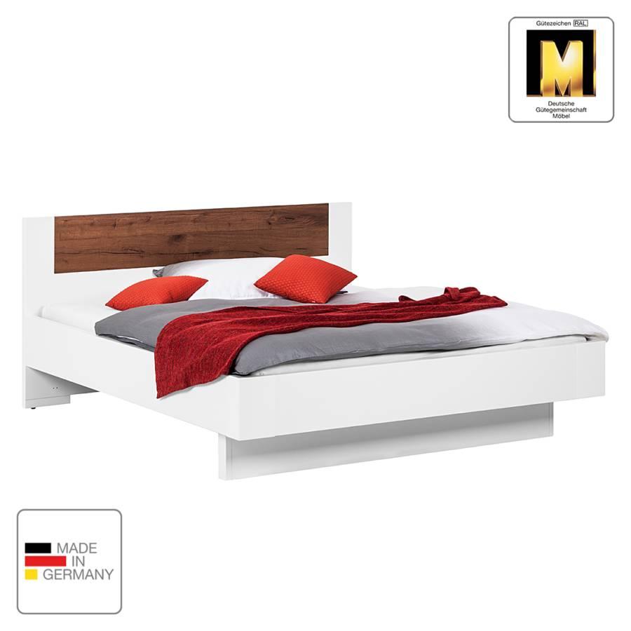 jetzt bei home24 bett von panthel home24. Black Bedroom Furniture Sets. Home Design Ideas