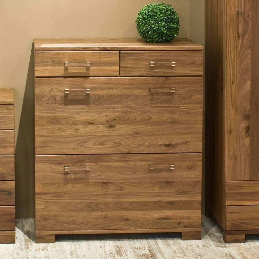 Flurm bel set larrossa 4 teilig nussbaum massiv home24 for Kompaktgarderobe massivholz