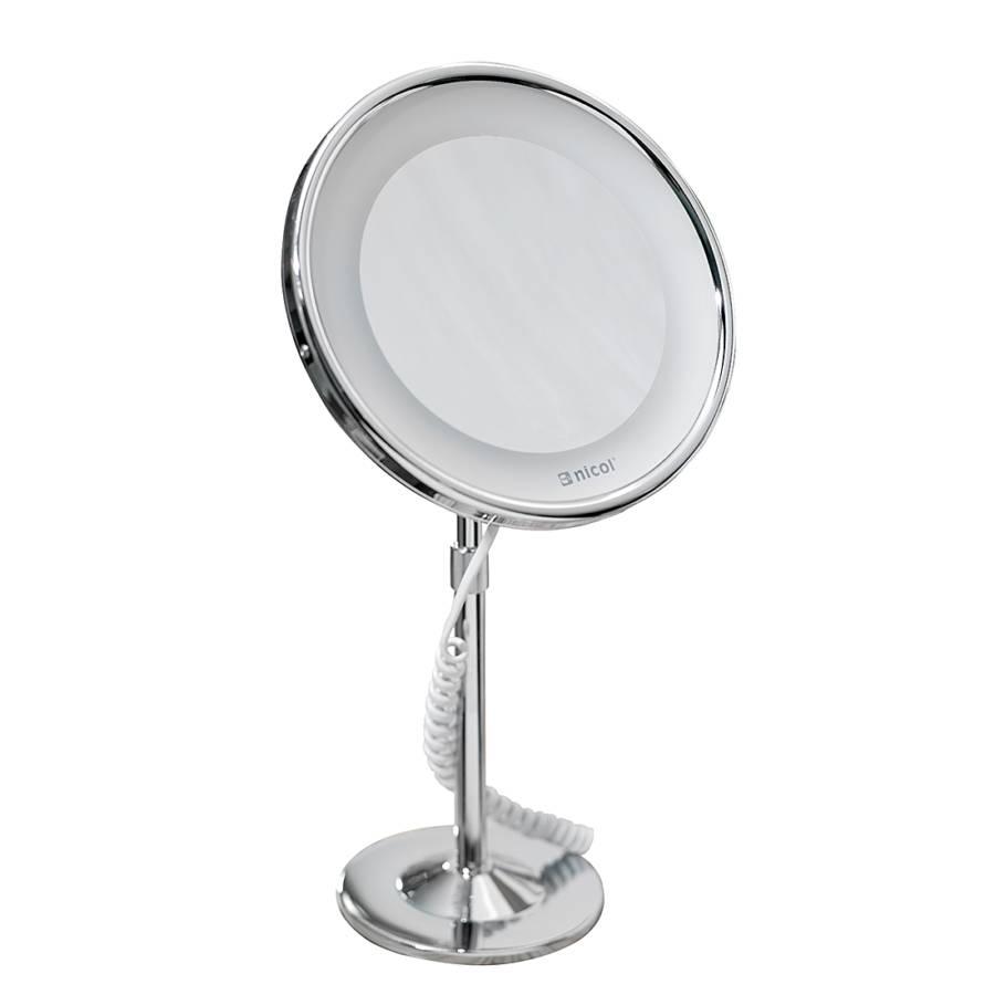Miroir sur pied josephine chrome avec clairage led et for Miroir eclairage led