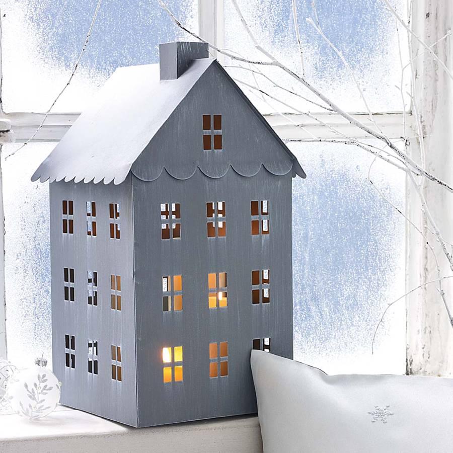 Windlicht haus metall grau for Haus aus metall