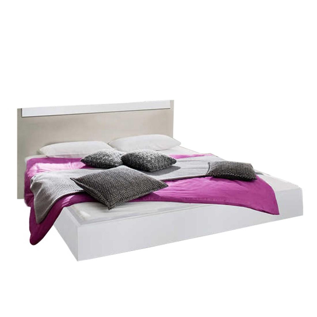bett kopfteil mit aufbewahrung innenr ume und m bel ideen. Black Bedroom Furniture Sets. Home Design Ideas