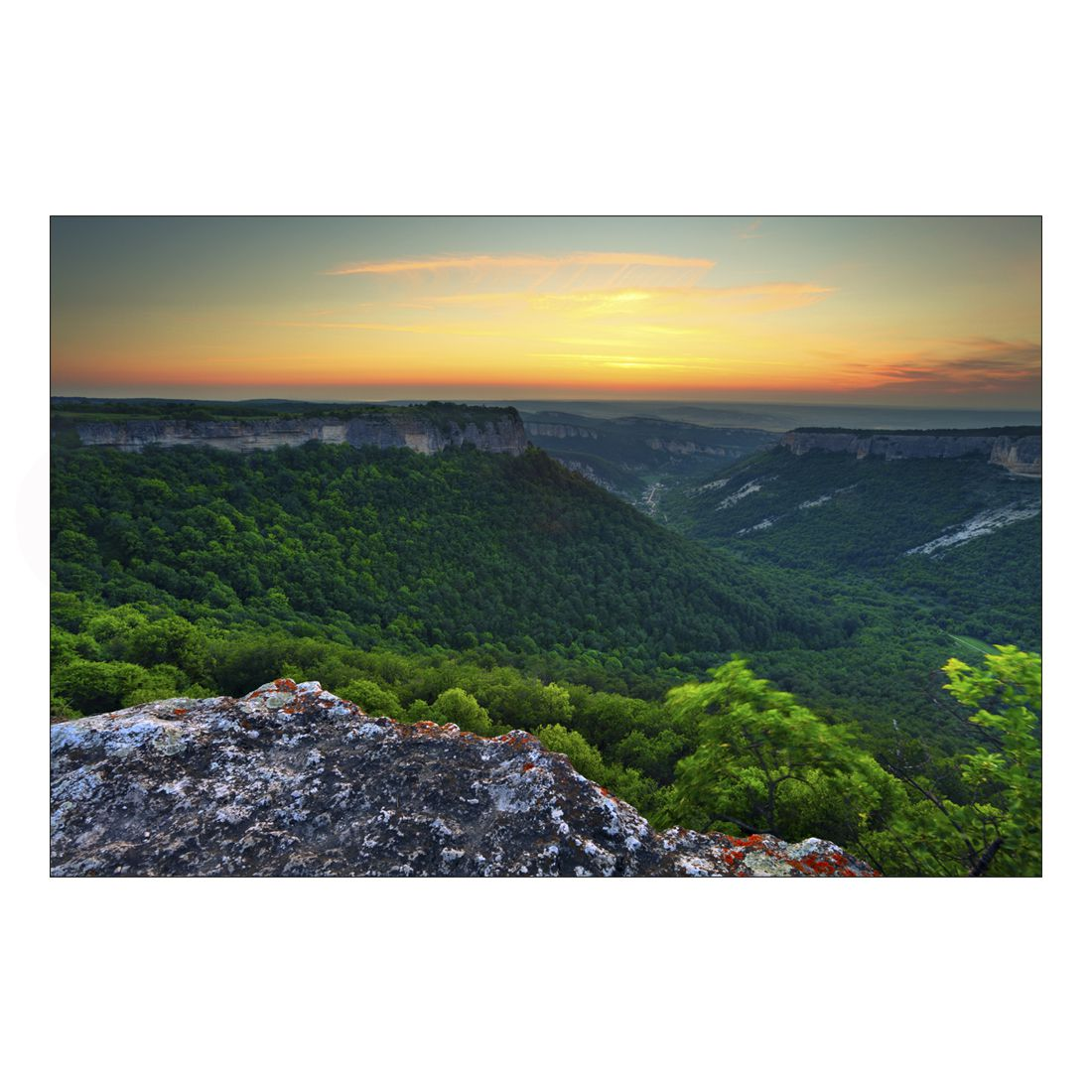 Acrylglasbild Mountain View – Abmessung 60×40 cm, Gallery of Innovative Art kaufen