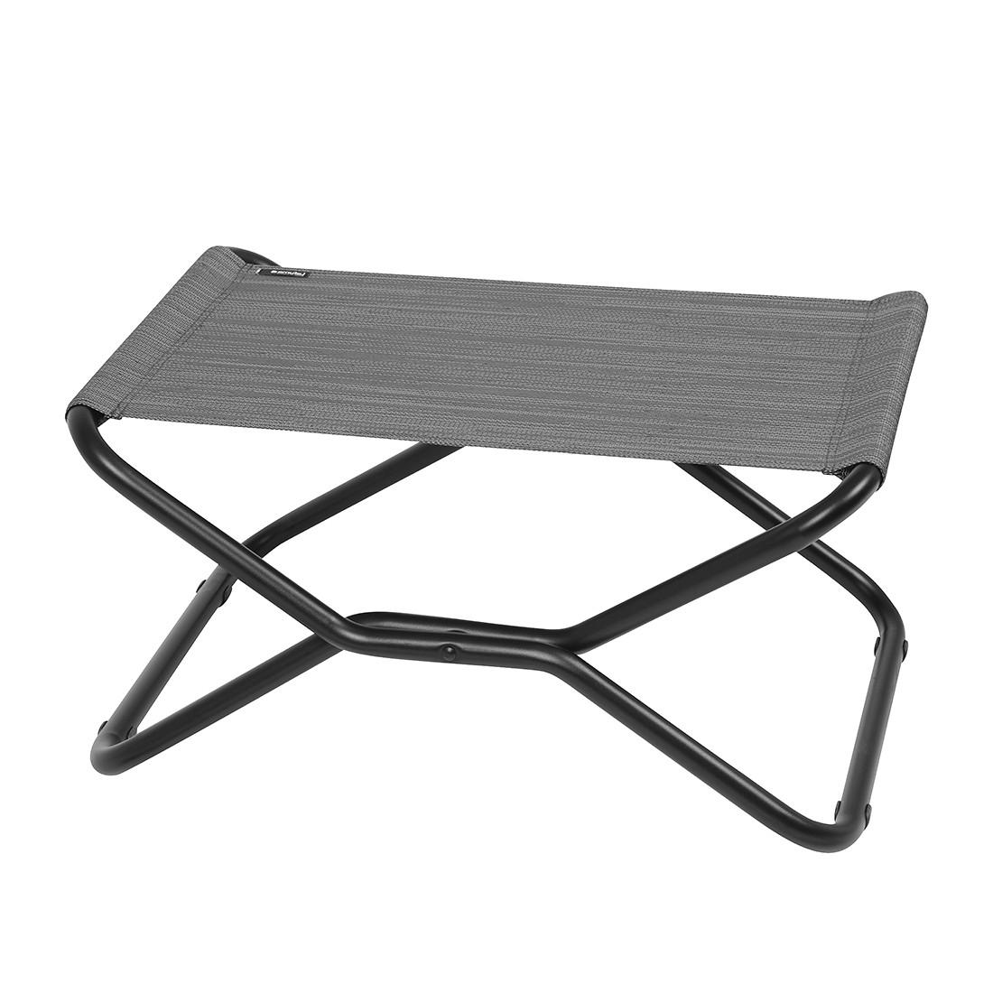 garderobenpaneel tro metall wei magazin m bel tipps vom einrichter. Black Bedroom Furniture Sets. Home Design Ideas