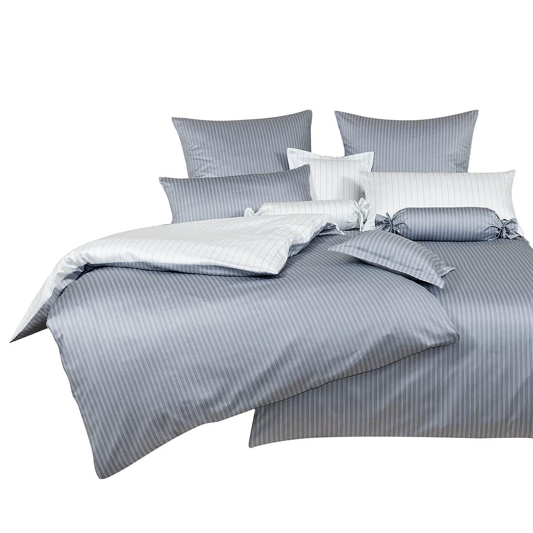 Weiße Bettwäsche 200x200 Kopfkissen Mit Federkern Kleiderschränke