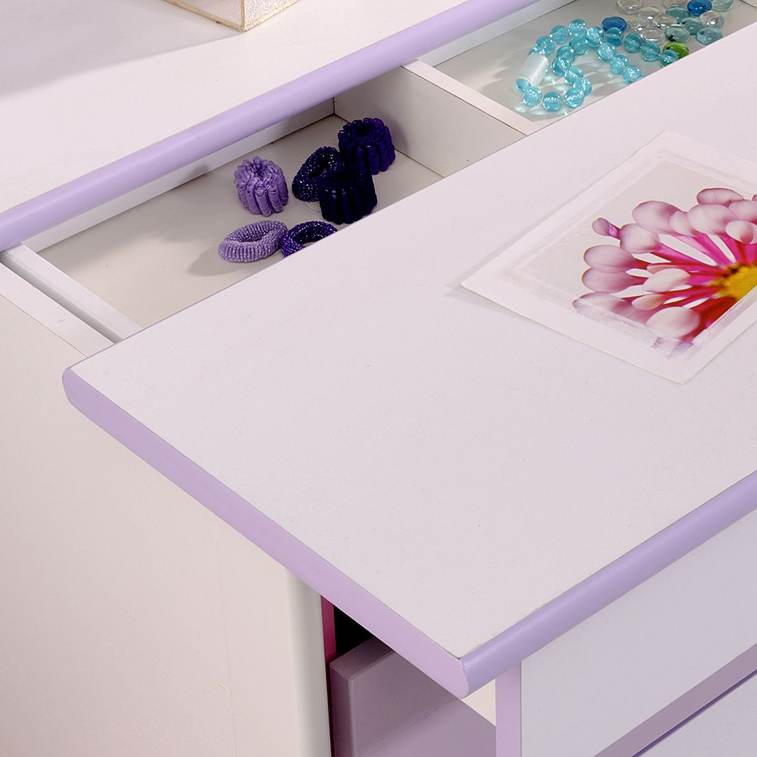 Xynto Kommode : Gr e bht farbe violett wei material holz style
