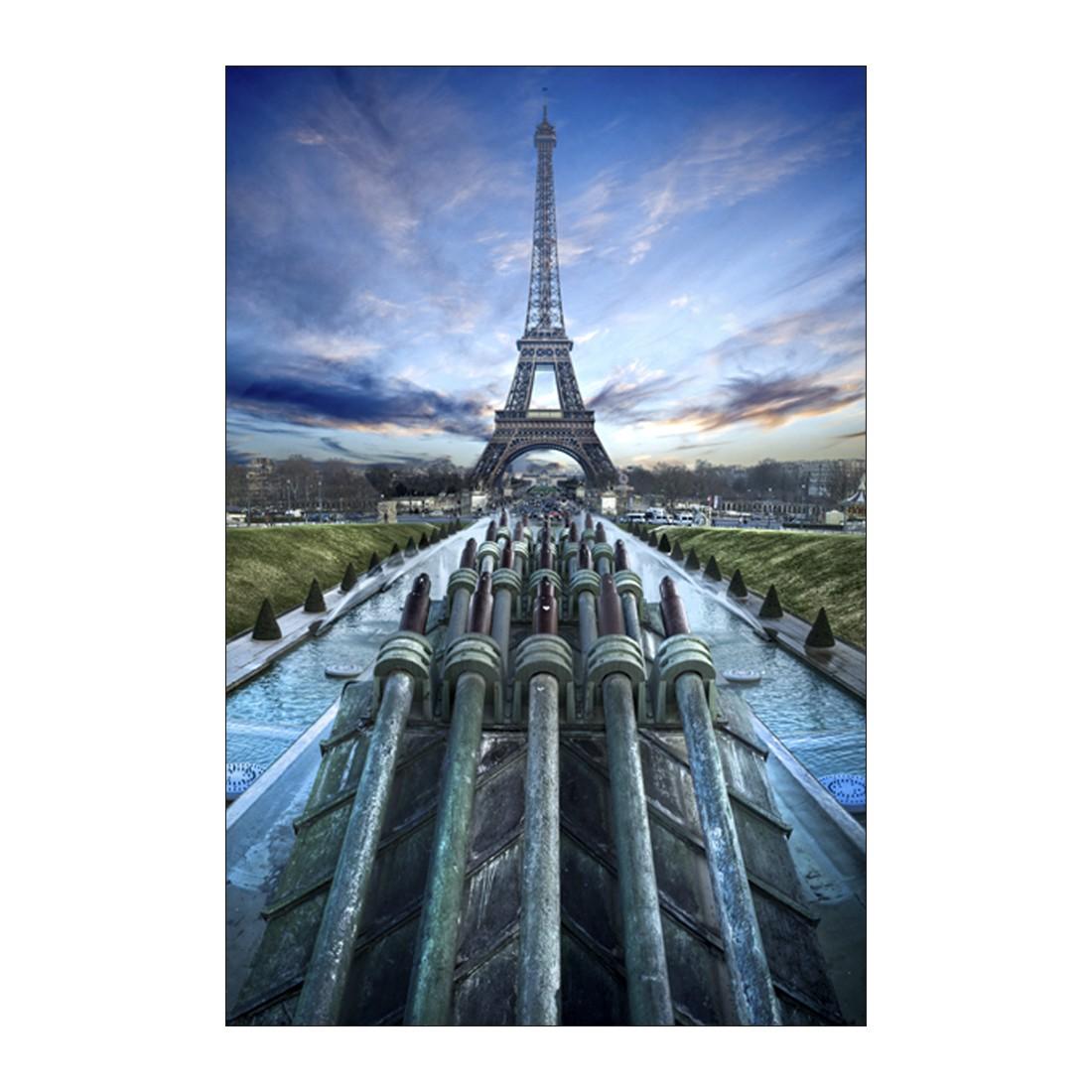 Leinwandbild EIFFEL TOWER IN FOCUS – Abmessung 75 x 100 cm, Gallery of Innovative Art jetzt bestellen