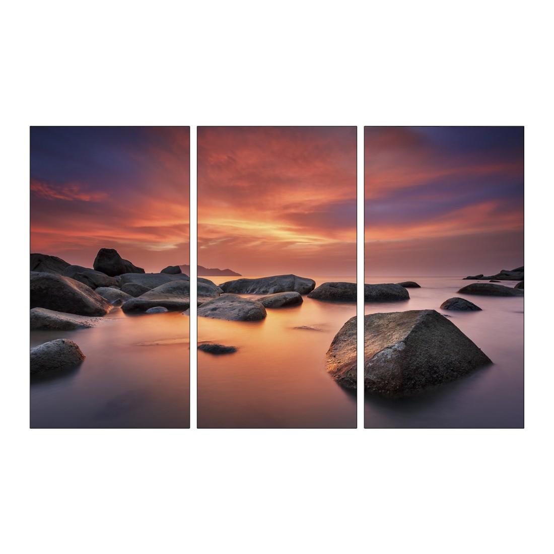 Leinwandbild GLOWING SKY, ROCKY SEA  – Abmessung 130 x 80 cm, Gallery of Innovative Art günstig bestellen