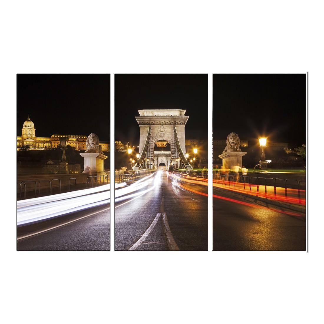 Leinwandbild ON TOP BUDAPEST BRIDGE  – Abmessung 130 x 80 cm, Gallery of Innovative Art jetzt bestellen