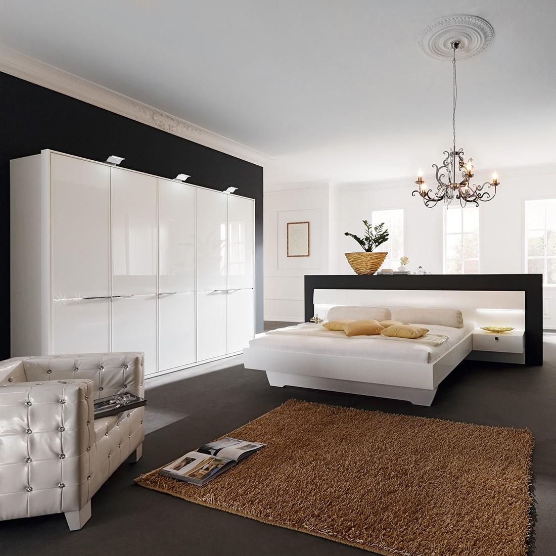 eek a schlafzimmer set diamond starlight mit swarovski elementen dreht renschrank 300 cm. Black Bedroom Furniture Sets. Home Design Ideas