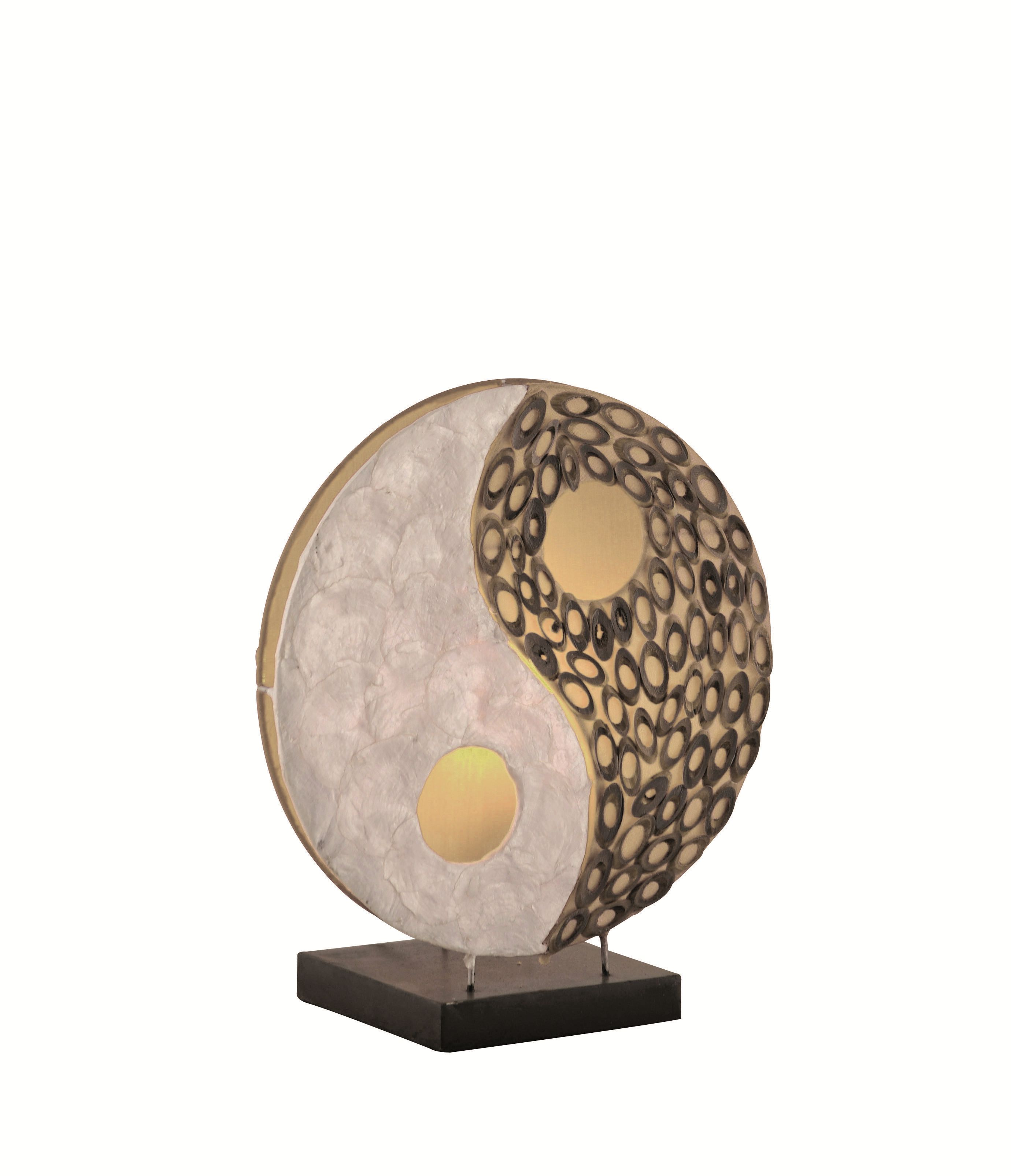 Tischleuchte Abuja ● Ying / Yang ● Perlmutt und Bambus- Paul Neuhaus A++