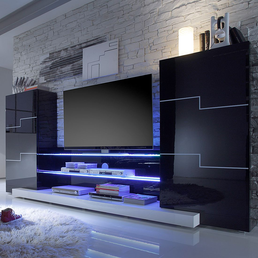 heimkino im wohnzimmer diese m bel steigern das kinoerlebnis wohnlandschaften wohnideen. Black Bedroom Furniture Sets. Home Design Ideas
