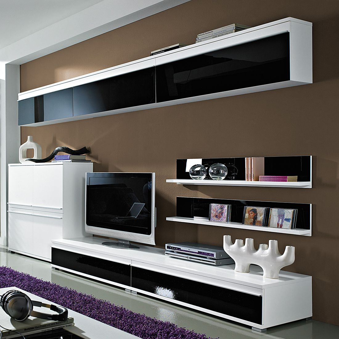 wohnwand cincinatti mit drei h ngeelementen wei schwarzglas. Black Bedroom Furniture Sets. Home Design Ideas