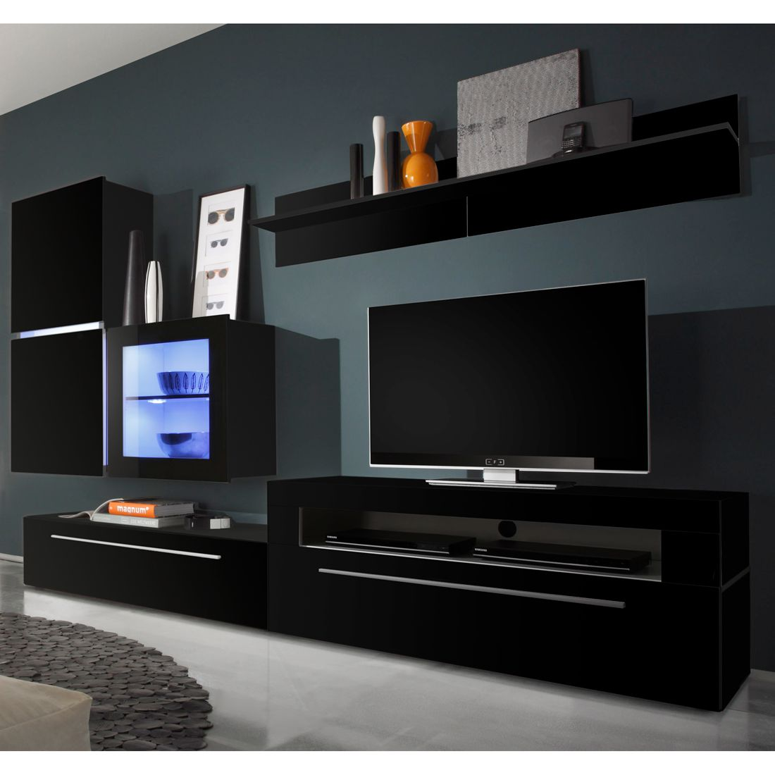 wohnwand schwarz hochglanz mit led alle ideen ber home. Black Bedroom Furniture Sets. Home Design Ideas