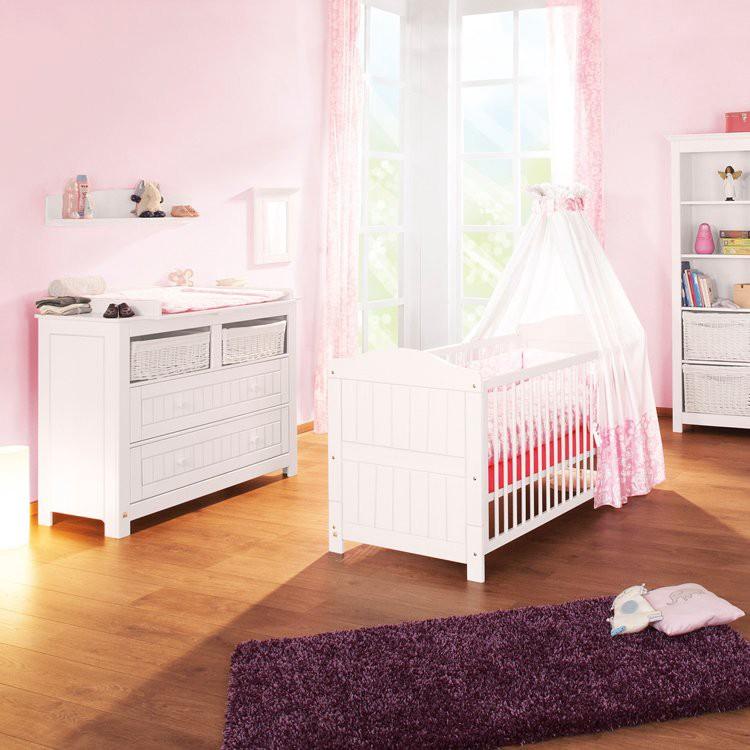 Babykamerset Nina (3-delig)- Babybedje, commode met laden en een 2-deurs kledingkast, Pinolino