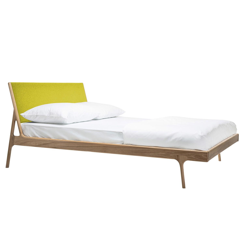 bett fawn i eiche massiv 160 x 200cm eiche hell stoff muya gelb online bestellen. Black Bedroom Furniture Sets. Home Design Ideas