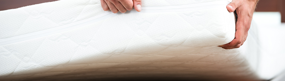 wie lange h lt eine matratze und wie pflege ich sie home24. Black Bedroom Furniture Sets. Home Design Ideas