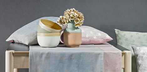 Magma Kissen und Vase